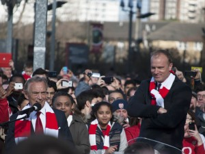 Column: Over Dennis Bergkamp en Asian privilege [Mindshakes]