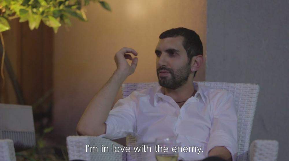 deze-documentaire-gaat-over-palestijnse-homos-in-tel-aviv-maar-niet-over-de-oorlog-202-body-image-1432123246